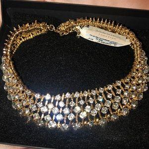 Beautiful collar necklace... never worn!